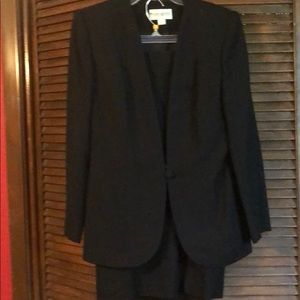 John Meyer size 8 black suit